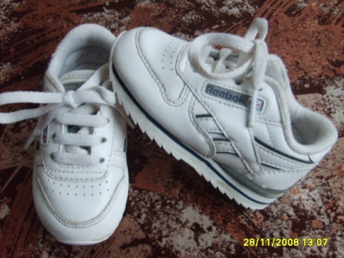 Boti�ky REEBOK UK 4
